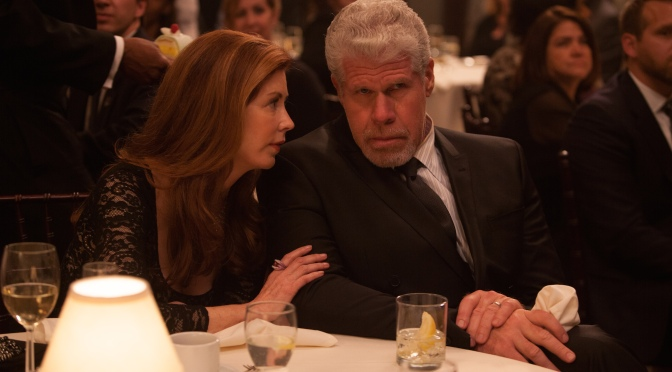 REVIEW : HAND OF GOD (AMAZON)