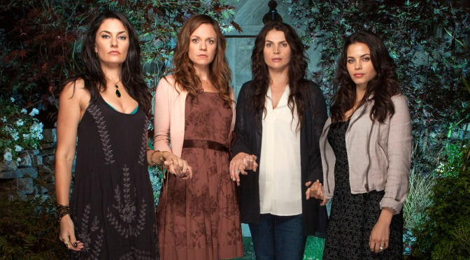WITCHES OF EAST END CANCELADA EN LIFETIME