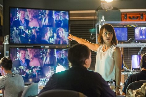 unreal-constance-zimmer_article_story_large
