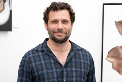 """LOS ANGELES, CA - APRIL 10:  Jeremy Sisto attends Carly Chaikin's """"Without Skin"""" Art Show on April 10, 2014 in Los Angeles, California.  (Photo by Gabriel Olsen/Getty Images)"""