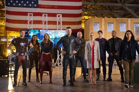 supergirl-flash-arrow-legends-crossover