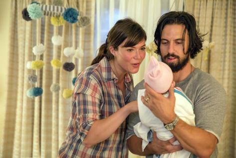 Mandy Moore y Milo Ventimiglia (This is Us).