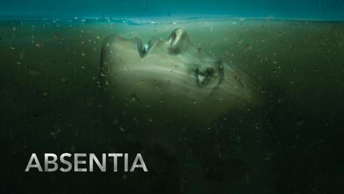 'ABSENTIA' : RENOVADA
